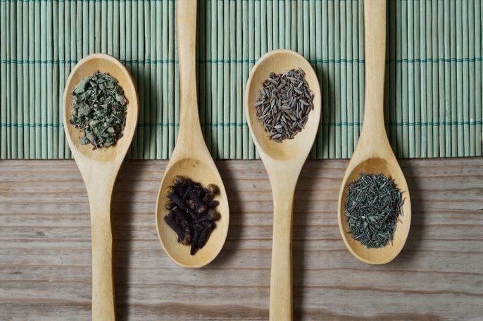 Лекарства, травы, бады