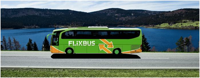 Moderní cestování autobusem za nízké ceny