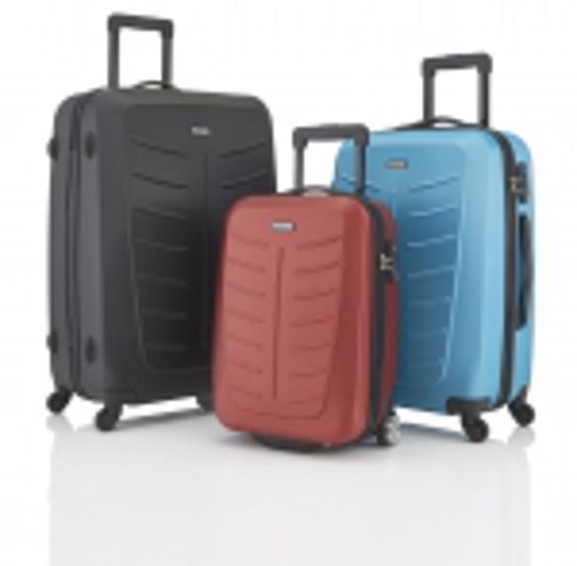 cerny modry a cerveny kufr