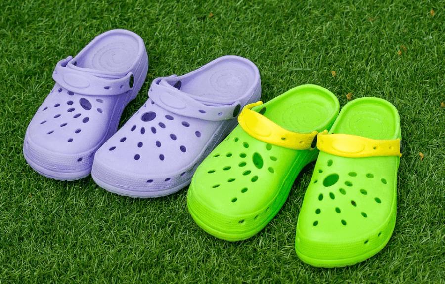 crocs szines