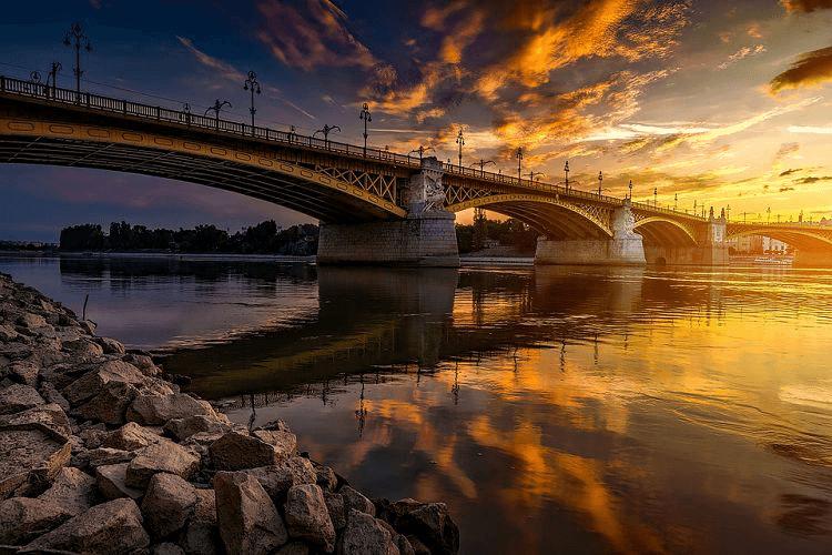 szabadter budapest