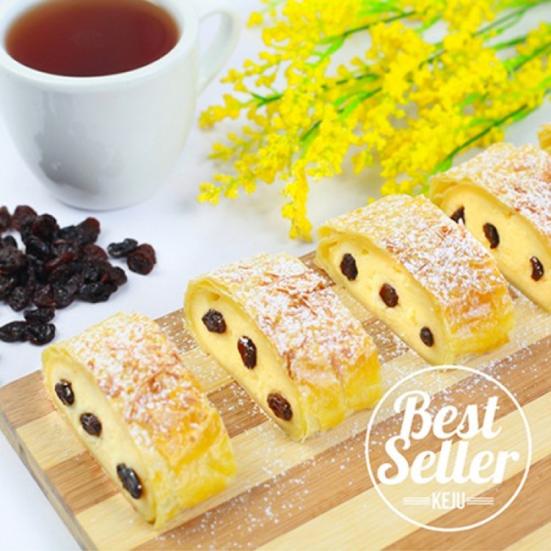 Pes strudel cheese