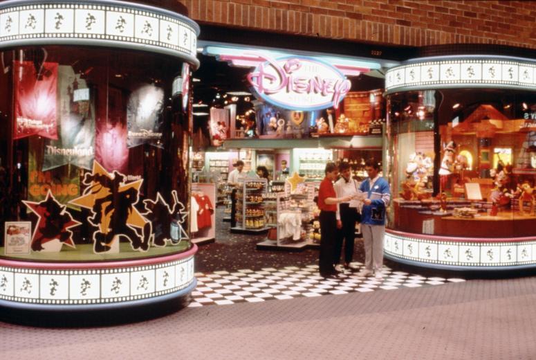 il primo disney store