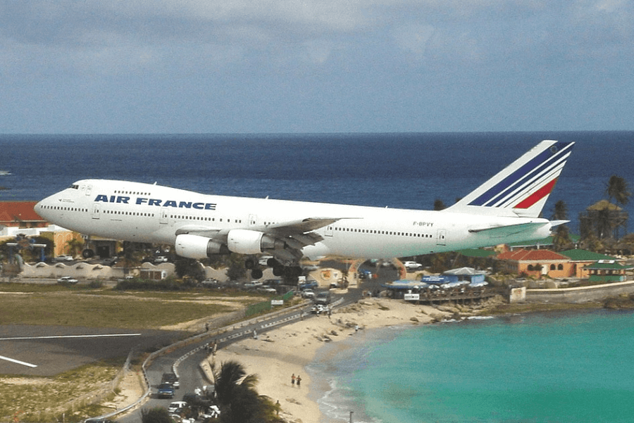 Los vuelos puedes comprar usando nuestros codigos descuento Air France
