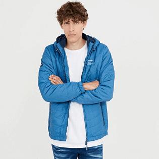 prezentare jachetă