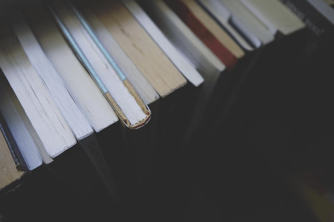 relazează-te prin citit