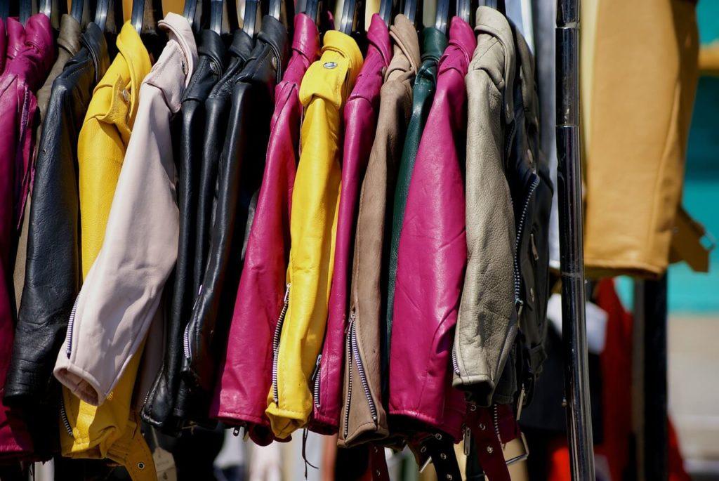 Выгодно продать в москве женскую одежду частные объявления подать объявление о продаже щенков немецкой овчарки в иркутской обла