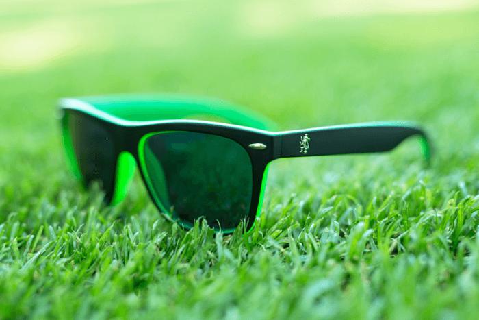Slnecne okuliare su samozrejmostou do slnecneho pocasia a taktiez elegantnym doplnkom
