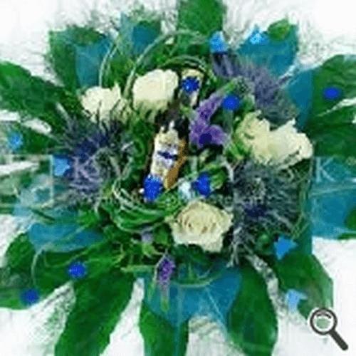 Vlastne a originalne kytice najdes na kvety.sk