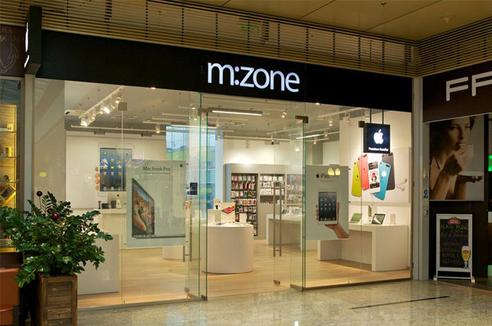 Jedna z troch predajni m:zone na Slovensku