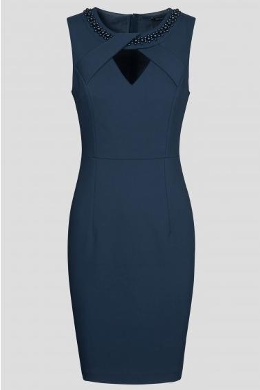 šaty v akcií
