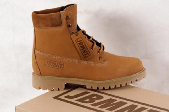 Značkové topánky JBMNT z čoraz viac obľúbenej kolekcie