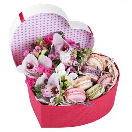 Цветочная коробка счастья